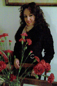 Elena,37-2