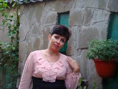 Irina,49-6