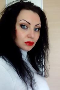 Kristina,32-1