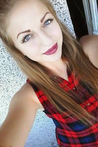 Ilona,21-1