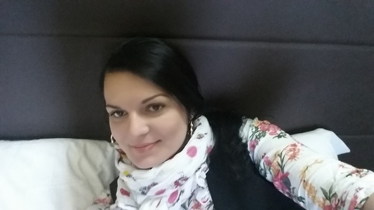 Julia,33-4