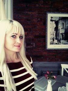 Oksana,37-5
