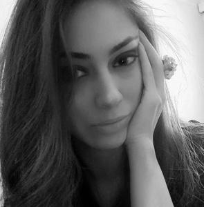 Zarina,33-2