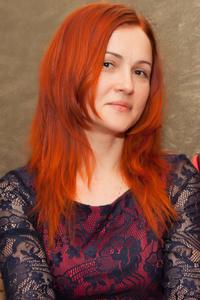 Elena,42-1