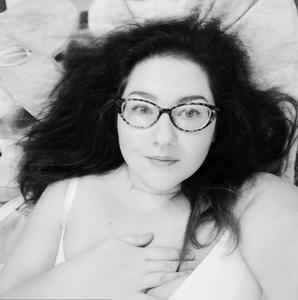 Natasha,32-5