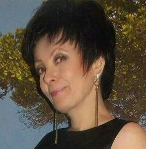 Elena,52-5