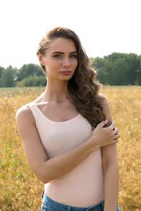 Elena,30-2