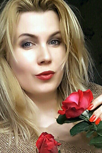 Nina,41-1