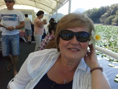 Larisa,54-8