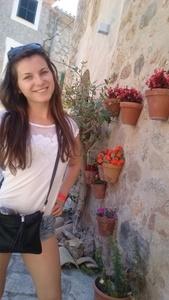 Maria,25-3