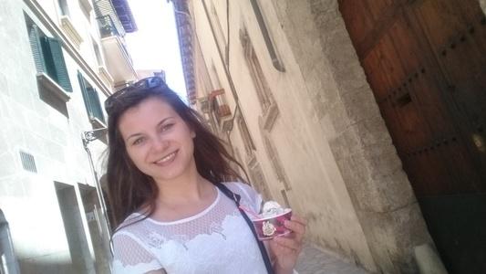 Maria,25-15