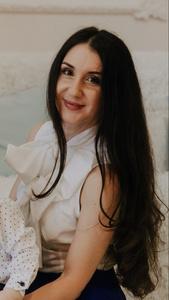 Julia,34-3