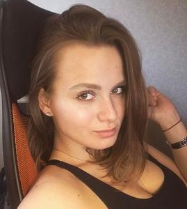 Kate,27-2