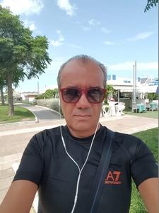 Roberto,53-3