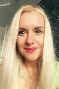 Katrin,35-1