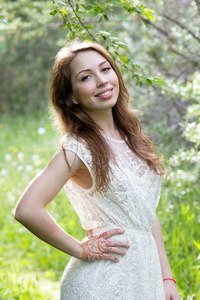 Elena,25-2