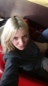 Alexandra,33-5
