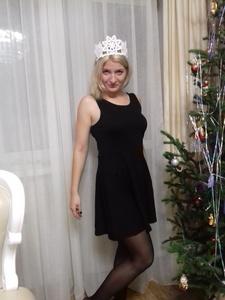 Alexandra,33-7