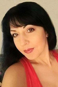 Leila,42-1