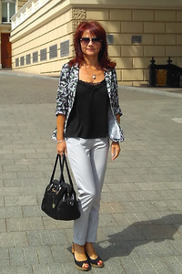 Irina,44-1