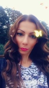 Yanina,35-13
