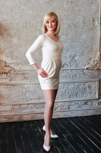 Elena,36-5