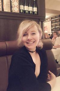 Anna,42-1