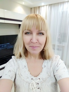 Elena,53-8