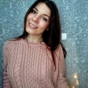 Alina,23-4