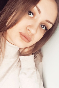Polina,22-1