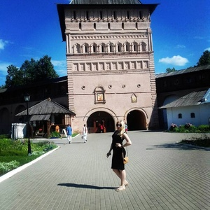 Olga,24-19