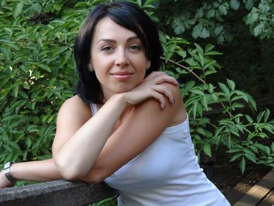 Yanina,37-5