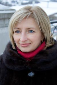 Elena,51-6