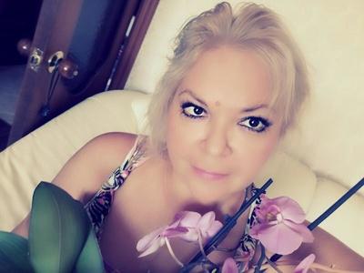 Natalie,45-3