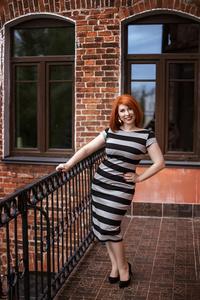 Elena,42-3