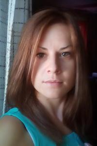 Alena,32-1