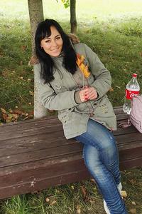 Elena,32-2