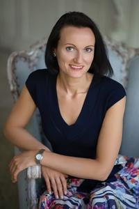 Irina,37-15