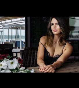 Nadia,31-2