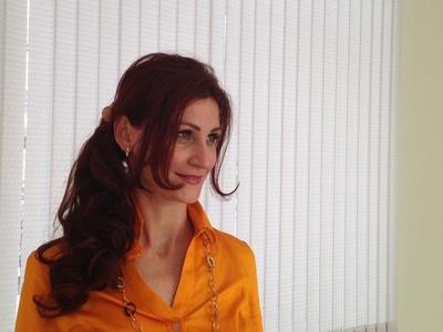 Elena,44-4