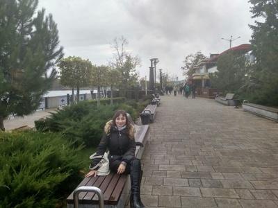 Elena,27-2