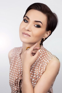 Nadya,44-1