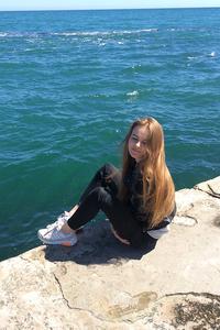 Alina,19-2