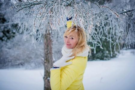 Viktoriya,49-5