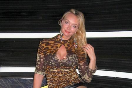 Viktoriya,49-6