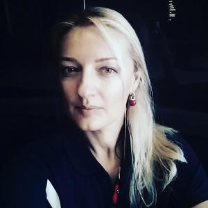 Liliana,42-4