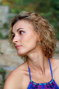 Anastasia,32-1