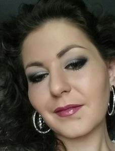 Alina,33-4