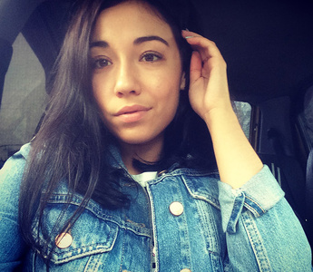 Elena,29-2