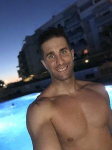 Alvaro,30-3